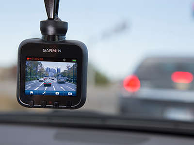 GARMIN IN CAR DASH CAMERA 10 Incident Detection